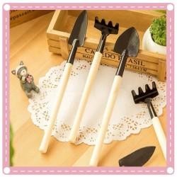 園藝工具3件組 鏟子+耙子+鍬 多功能鬆土工具