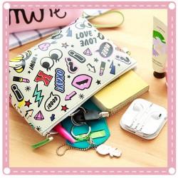 創意字母化妝包 大容量防水收納包 手拿包 手機包 零錢包