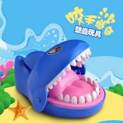 創意大號鯊魚咬手玩具 桌面大鯊魚整人玩具 桌遊