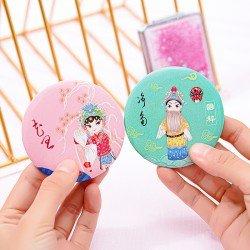 中國風迷你小圓鏡 創意圓形隨身鏡 歌仔戲圖案小鏡子 時尚小圓鏡